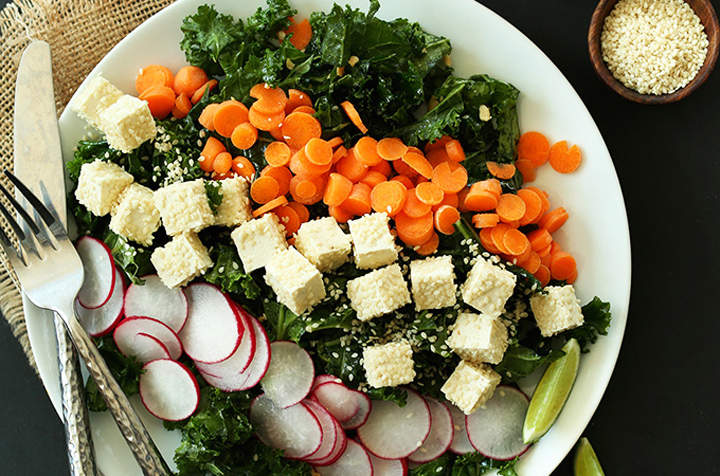 MAIN CONTENT FEATURED DISH Crunchy Thai Kale Salad